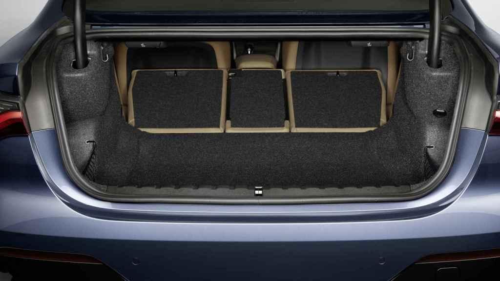 El maletero es notable a pesar de su carrocería coupé.