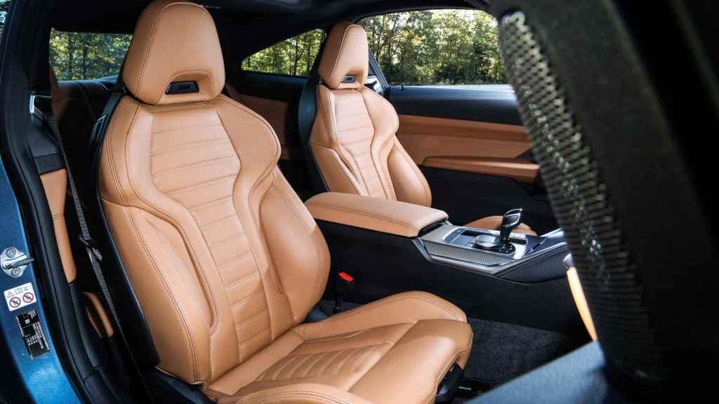 Asientos delanteros del BMW Serie 4 Coupé.