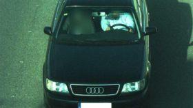 La foto inválida captada por una de las 225 cámaras que justificaba la sanción al conductor en Cuenca.