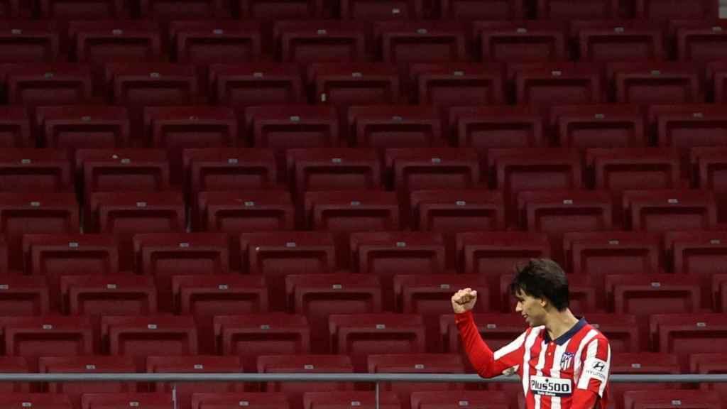 Joao Félix, celebrando un gol con el Atlético de Madrid con las gradas del Wanda Metropolitano vacías