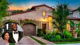 Kobe y Vanessa Bryant junto a la mansión vendida, en un montaje de Jaleos.