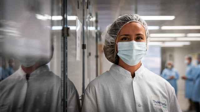 Susana Infante, en las instalaciones de Thales Alenia Space en Tres Cantos.
