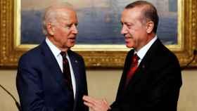 Erdogan y Biden en una imagen de 2014 en Estambul.