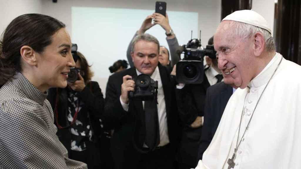 Tamara Falcó presentó un evento a finales de 2019 para festejar los 50 años del 'casamiento' del Papa con Dios.