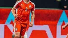 Luka Jovic, durante un partido con Serbia. Foto: Instagram (lukajovic)