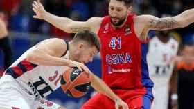Giedraitis en el partido entre el CSKA y el Baskonia