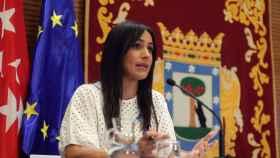 Madrid reparte una tarjeta con crédito para comprar alimentos