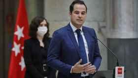 La Comunidad de Madrid no tiene previsto cerrar en el Puente de la Constitución