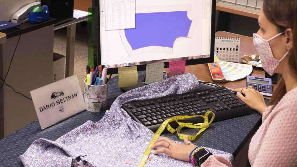 La firma Darío Beltrán, dedicada a la fabricación de camisas para hombre, ha implementado este proyecto.