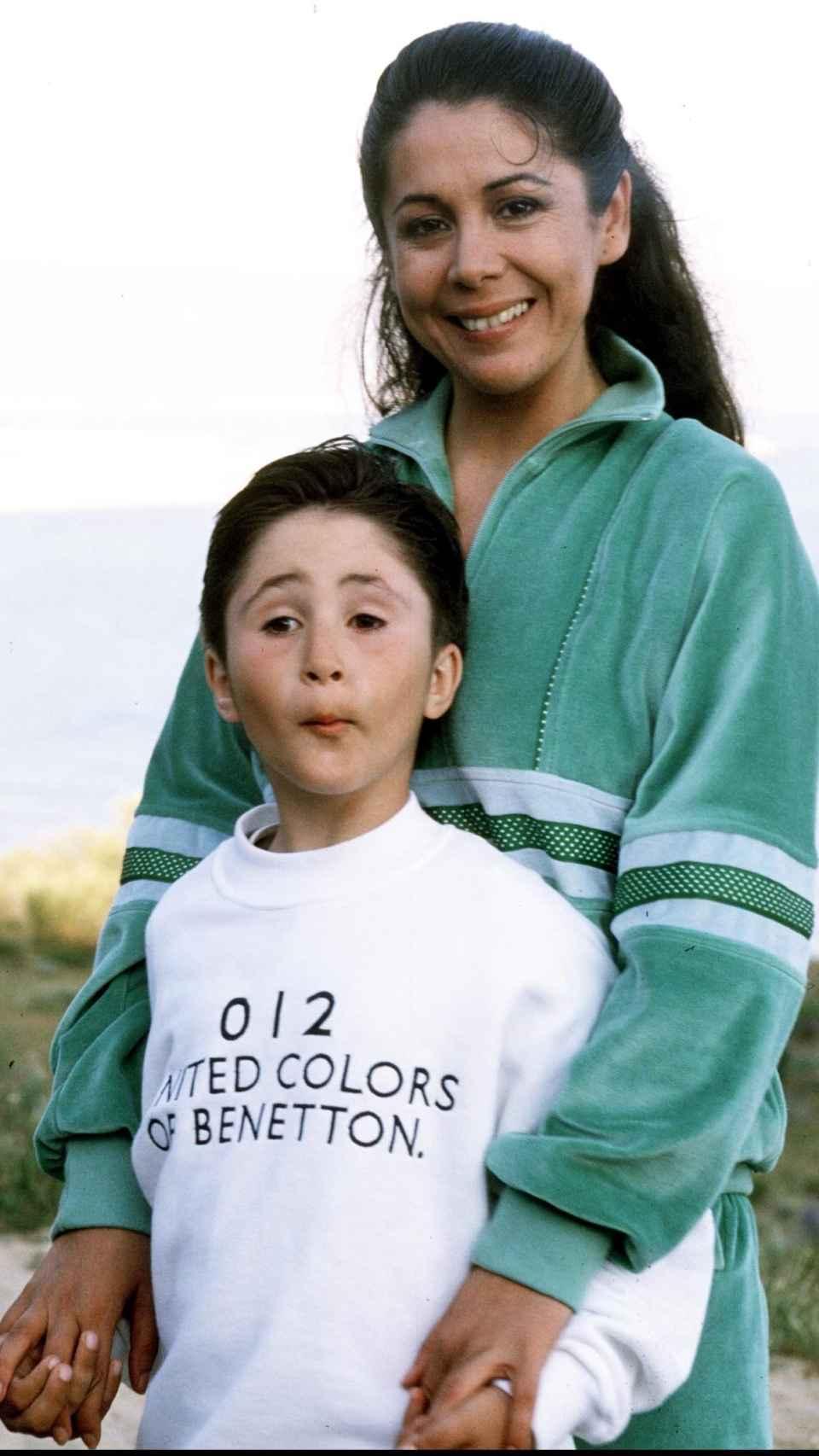 Isabel y su hijo Kiko en 1990.