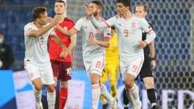Gerard Moreno celebra su gol con la selección española ante Suiza