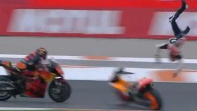 Accidente de Álex Márquez en el Gran Premio de Valencia de MotoGP 2020