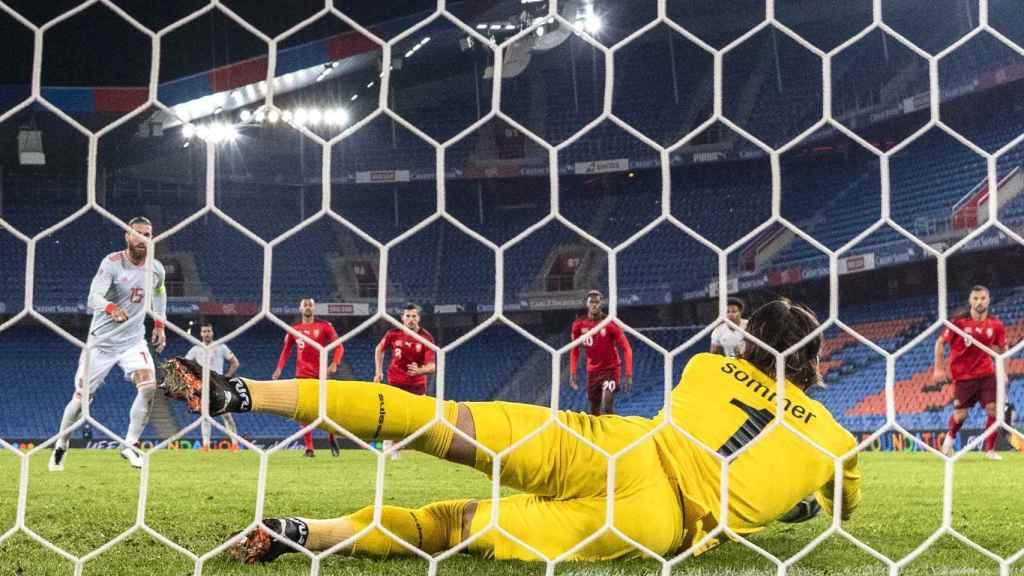 Ramos falla un penalti ante Suiza