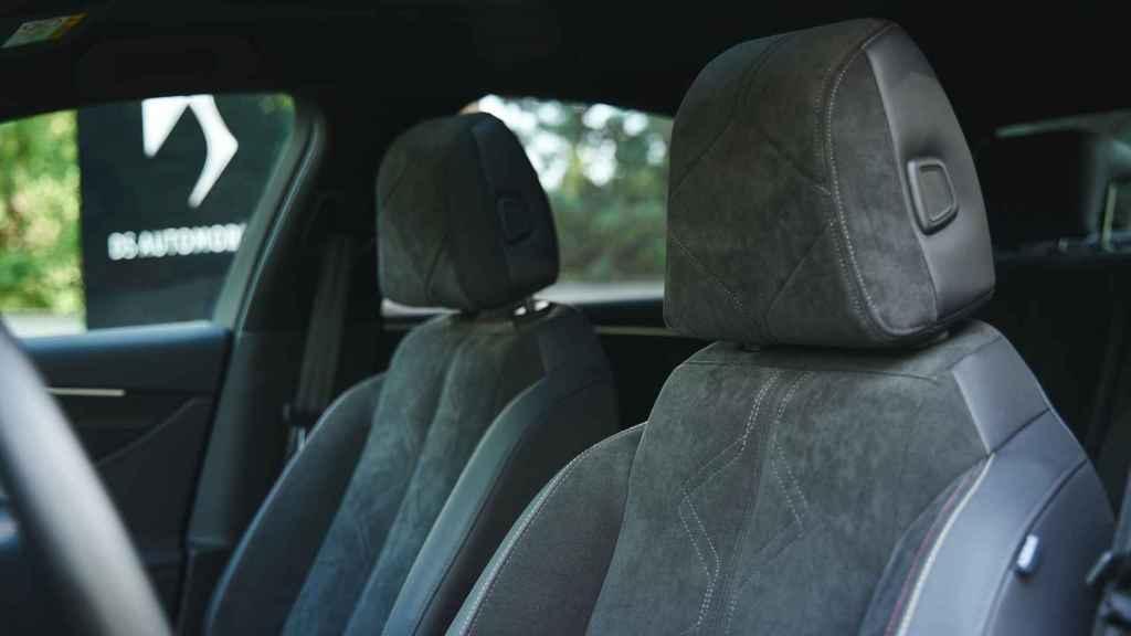 Este modelo puede contar con asientos calefactados y ventilados.