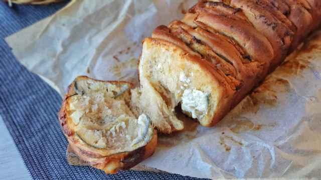 Pan de queso y ajo estilo Pulled Apart Bread