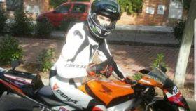 Rafa, en su Honda CBR 1000