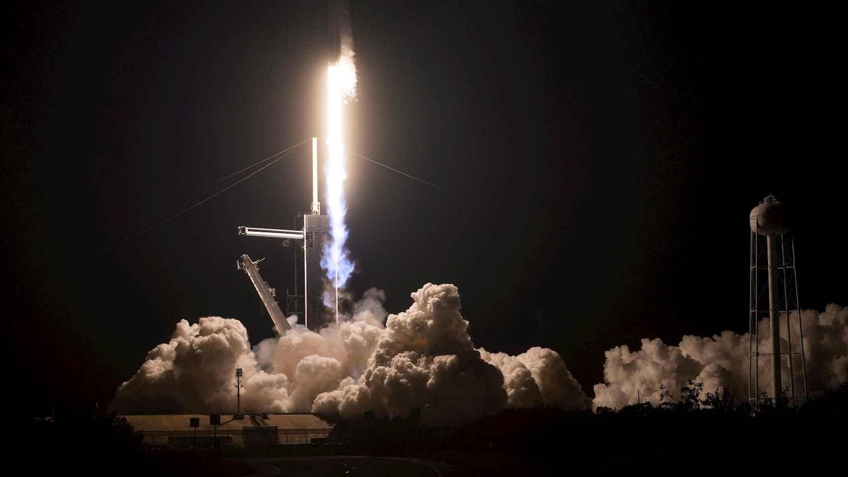 Lanzamiento del SpaceX Crew-1