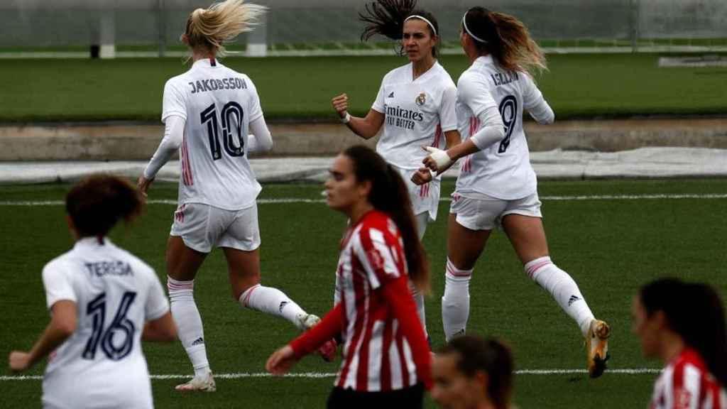 Marta Cardona celebra su gol con el Real Madrid Femenino ante el Athletic