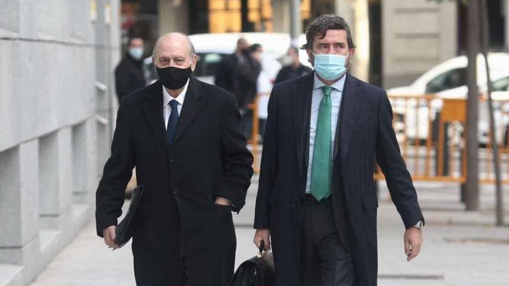 Jorge Fernández y su abogado, a su llegada a la Audiencia Nacional /