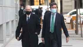 Jorge Fernández y su abogado, a su llegada a la Audiencia Nacional el pasado día 13./