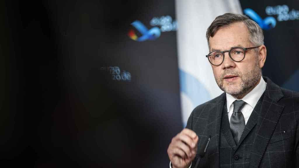 El ministro alemán de Asuntos Europeos, Michael Roth, durante la rueda de prensa de este martes