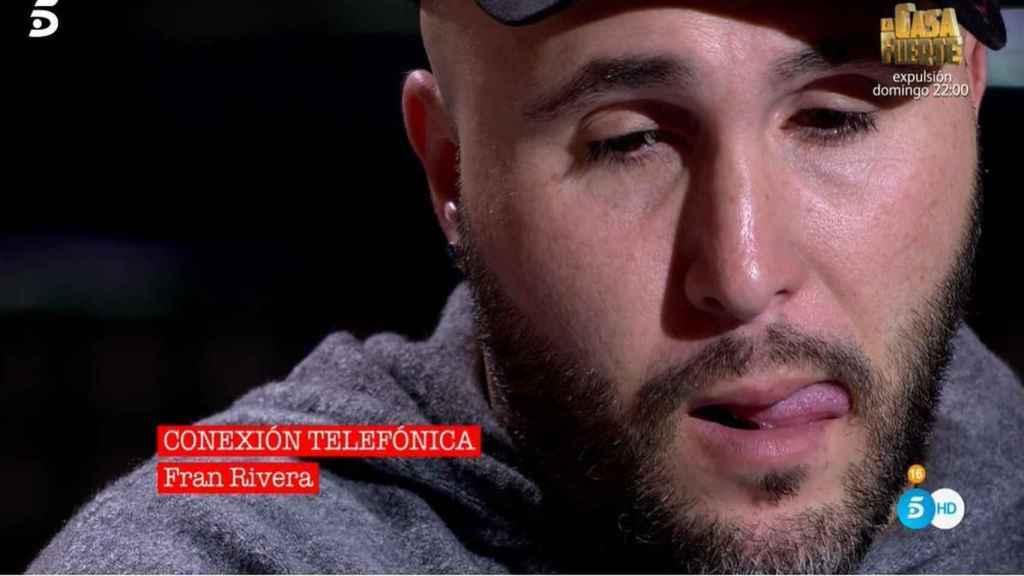 El torero entró por teléfono en Telecinco para apoyar a su hermano Kiko.
