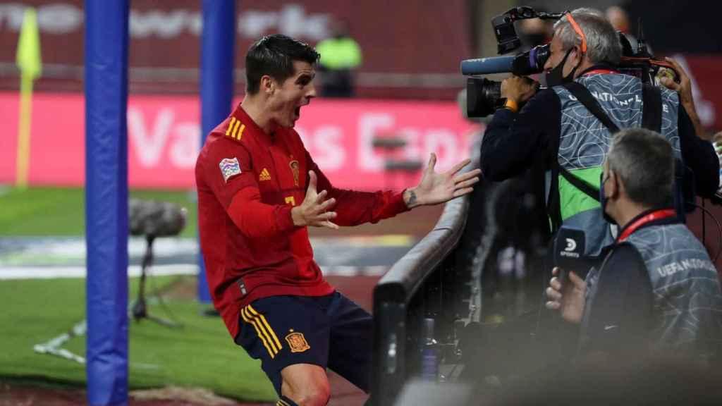 Morata celebra su gol con la Selección