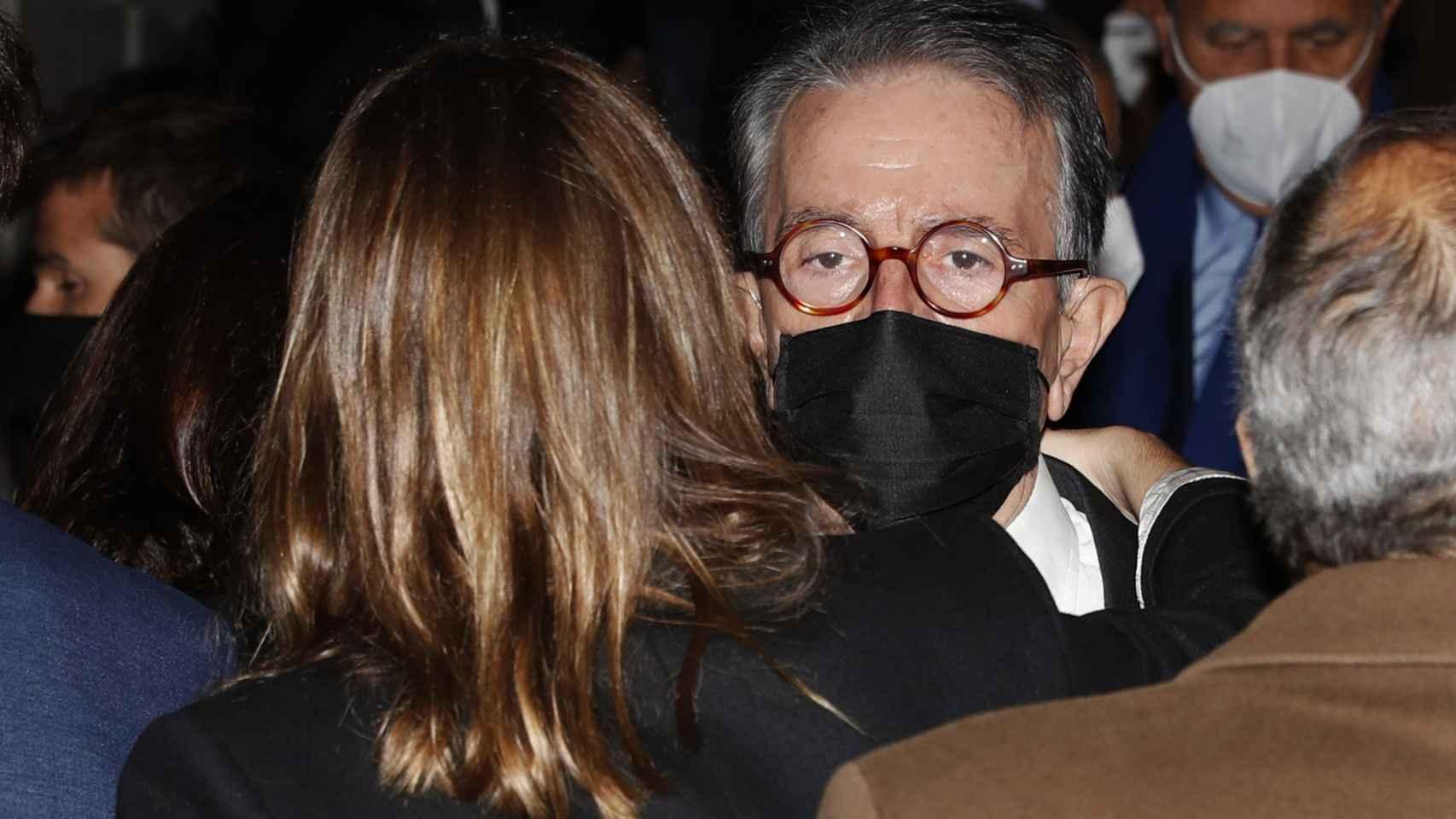 Antonio Catalán, vicepresidente de AC Hotels by Marriot, a la salida de la misa funeral por su hijo Carlos.