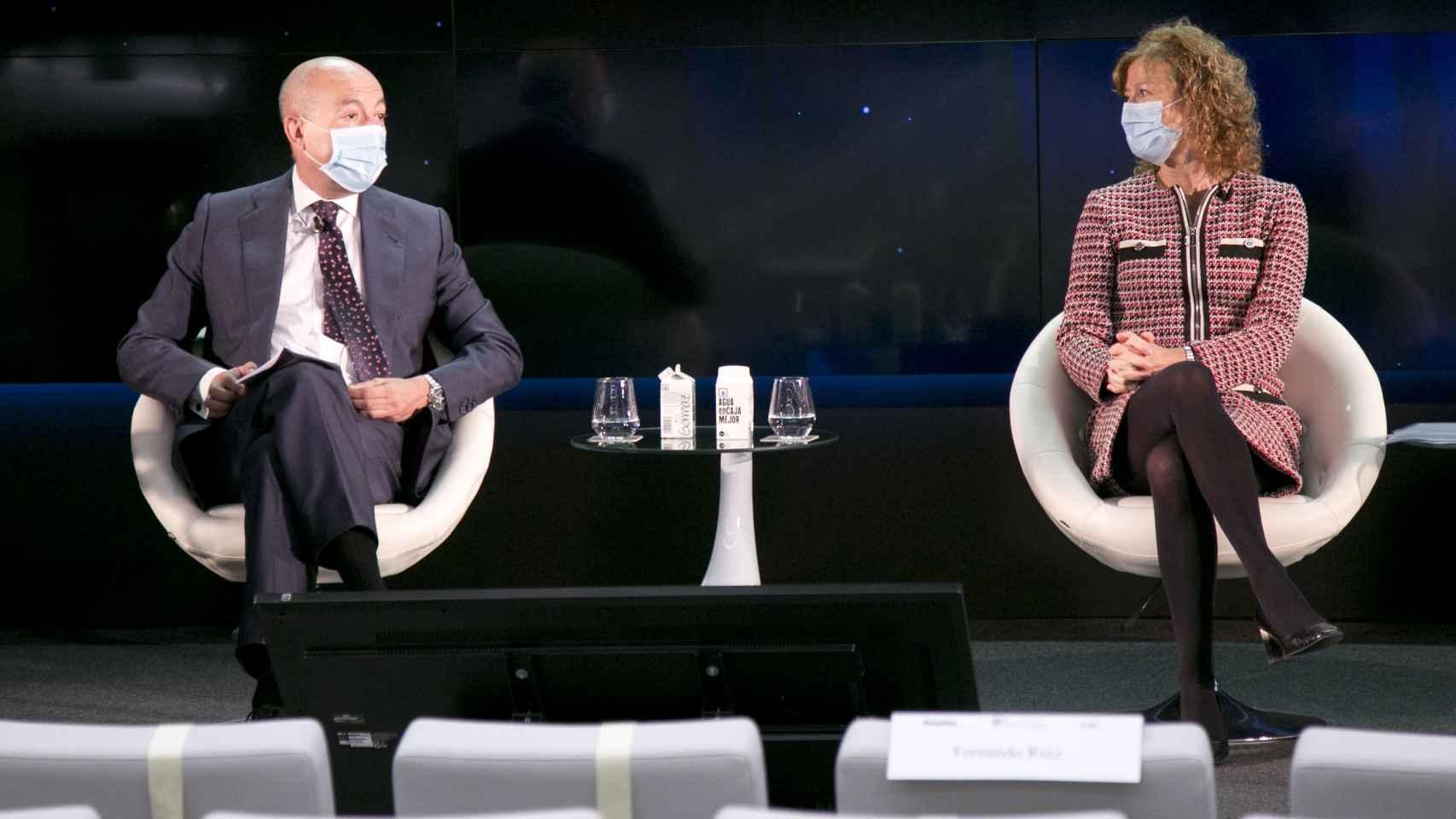 Francisco Celma (Deloitte) y Margarita Delgado (Banco de España).