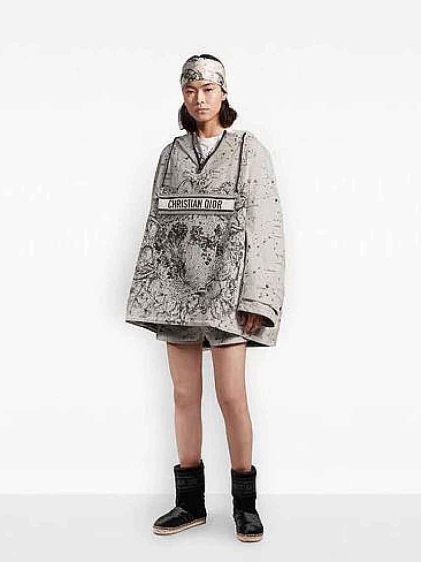 El anorak de Dior, cuyo valor es de casi 3.000 euros.