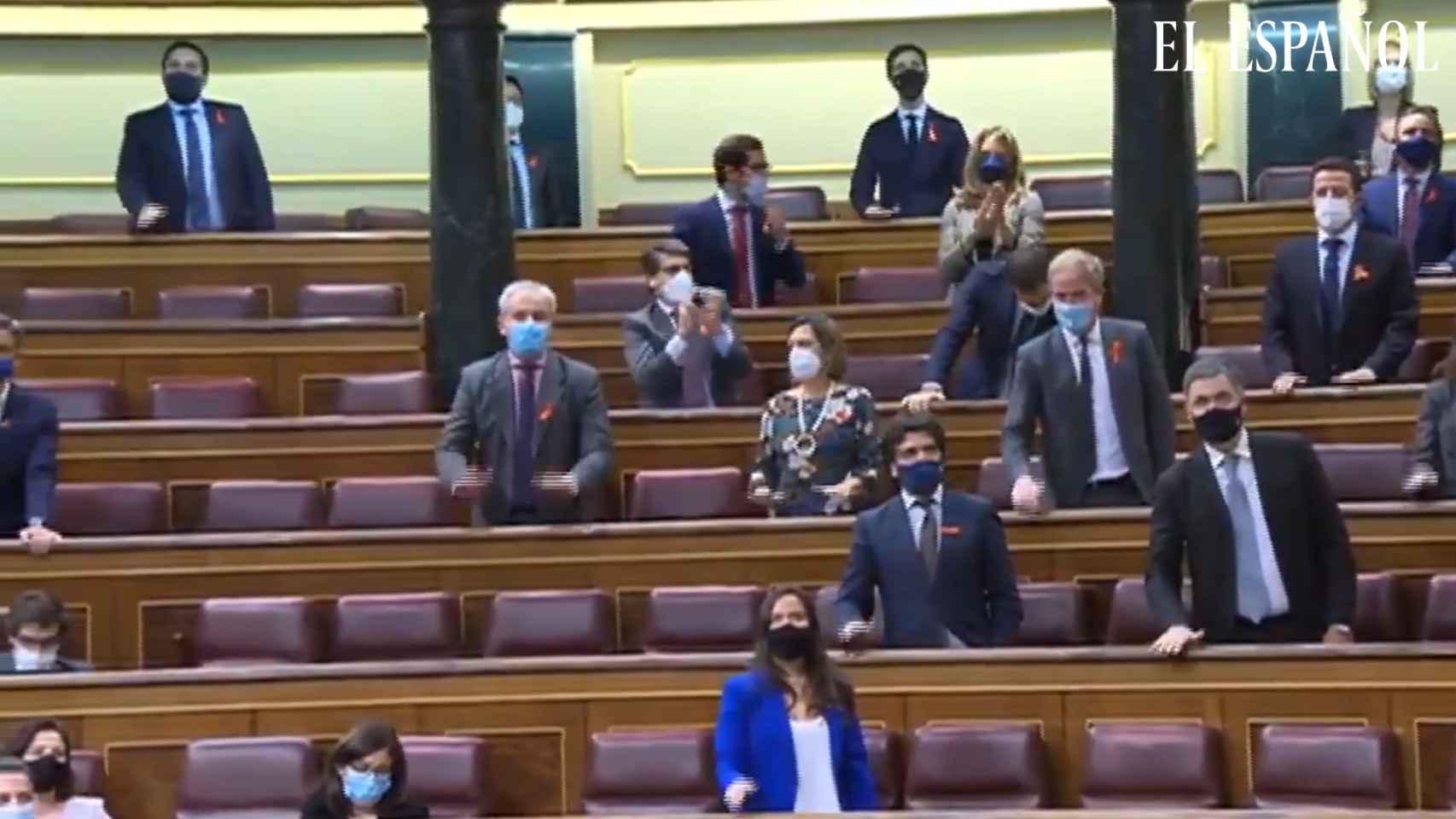 PP y Vox estallan en el Congreso ante la 'ley Celaá' al grito de ¡libertad, libertad!