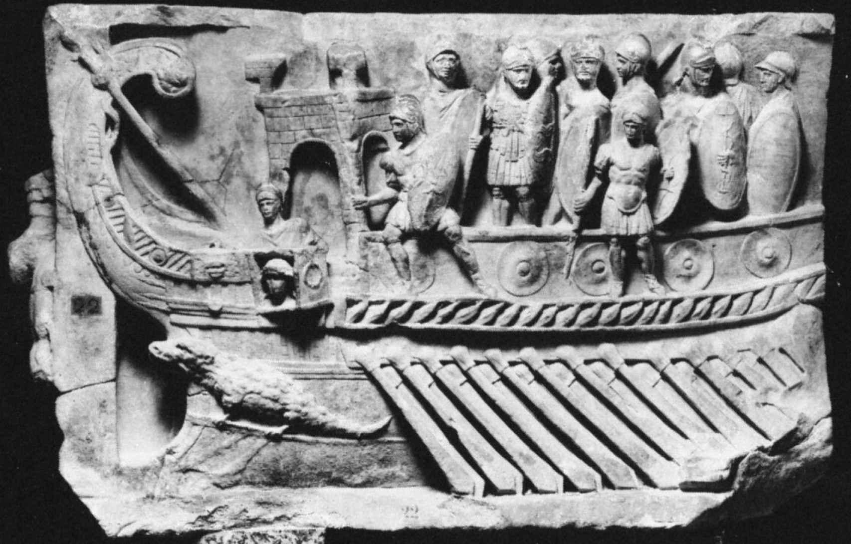 Infantería romana a bordo de un barco.