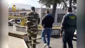 Detención en la operación contra una banda que robaba a repartidores en ruta. Foto: Guardia Civil