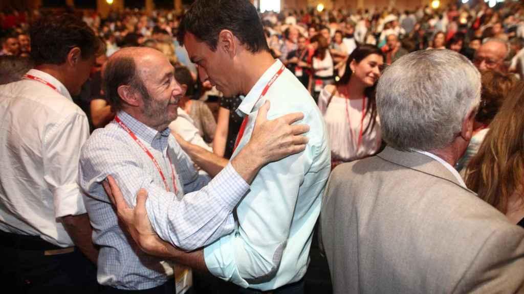 Pedro Sánchez y Alfredo Pérez Rubalcaba, en una foto de archivo.