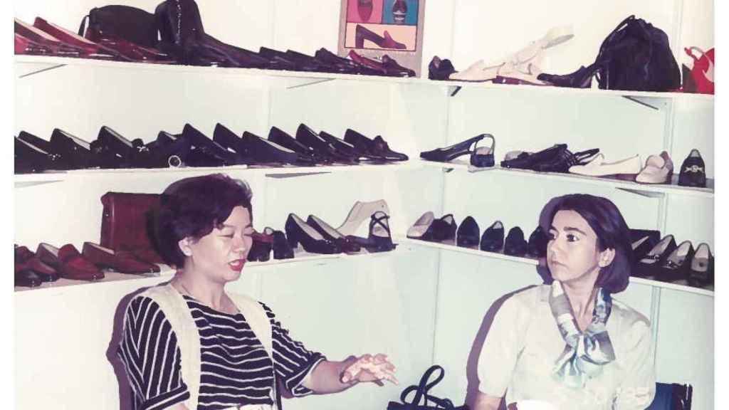1992 Shangai: Lina Mascaró en su primera misión comercial en China.