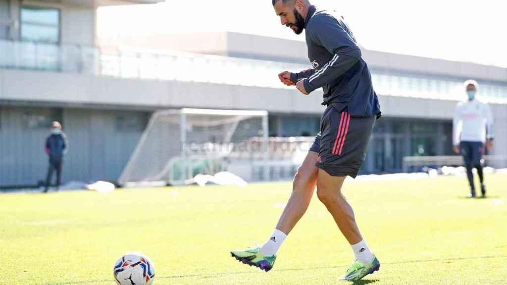 Karim Benzema, entrenando en solitario con el Real Madrid