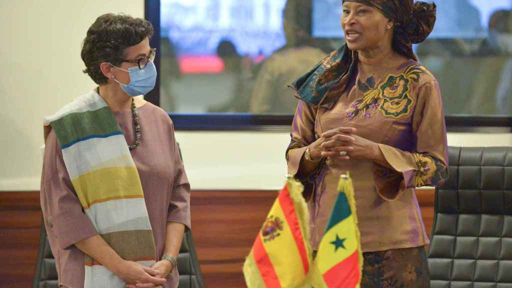 Arancha Gonzalez Laya con us homóloga en Senegal, Aissata Tall Sall.