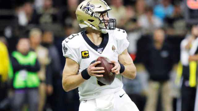 Drew Brees durante un partido con los Saints
