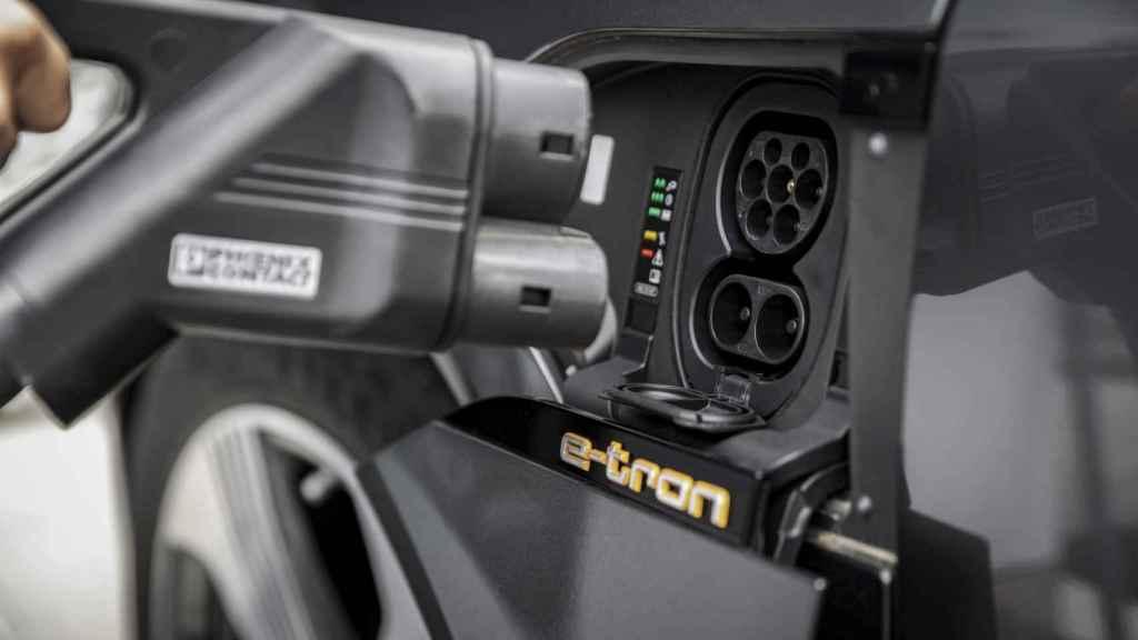 El Audi e-tron admite cargas de hasta 150 kW.
