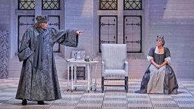 Un momento de la representación de El enfermo imaginario, en el Teatro de la Comedia.