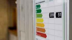 Etiqueta energética en un edificio rehabilitado.