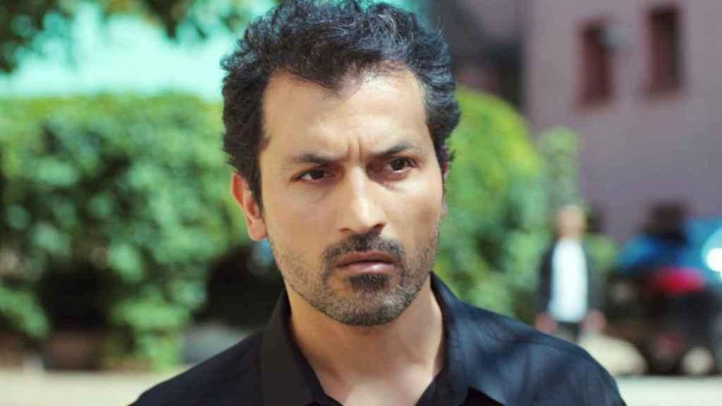 Feyyaz Duman interpreta a Arif en 'Mujer'.