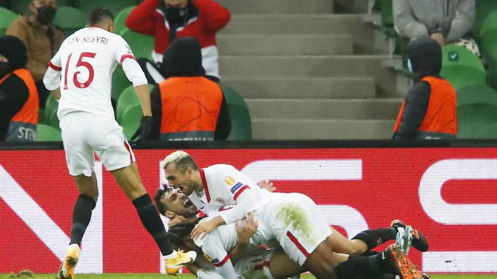 El Sevilla celebra su gol ante el Krasnodar
