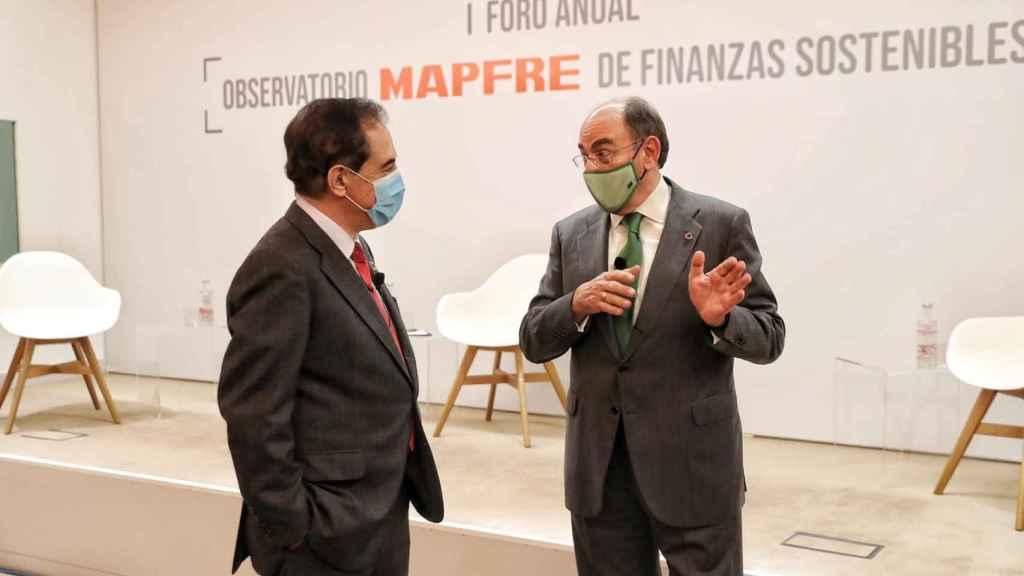 Antonio Huertas, presidente de Mapfre, junto a Ignacio Sánchez Galán, presidente de Iberdrola.