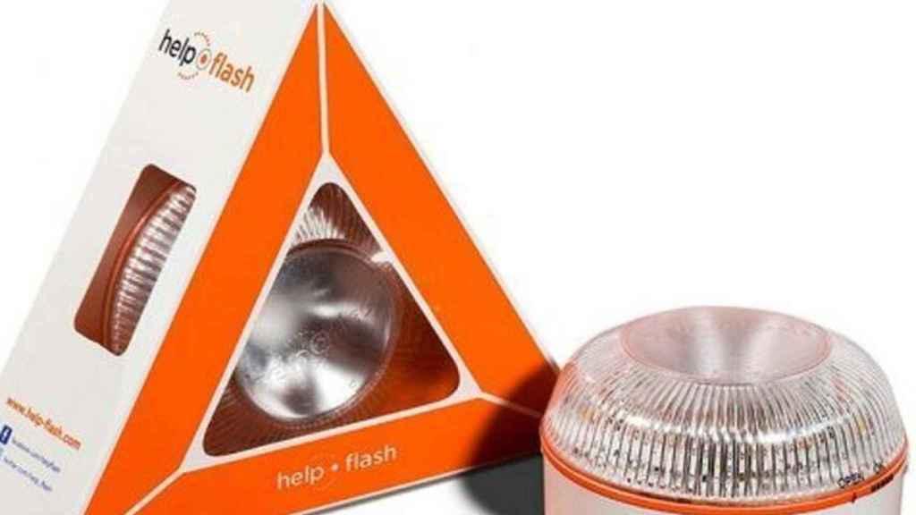 Los nuevos dispositivos luminosos, de la marca Help Flash, obligatorios a partir de 2024 .