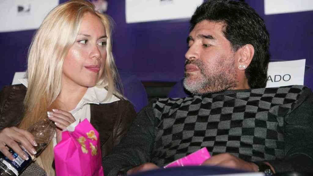Verónica Ojeda y Maradona, en Buenos Aires.