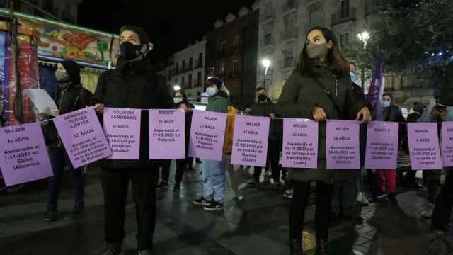 Manifestación en Valladolid con motivo del Día Internacional contra la Violencia de Género 6