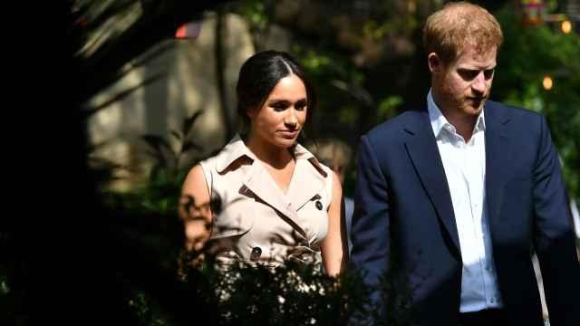 Meghan Markle y el príncipe Harry de Inglaterra.