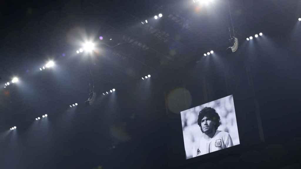 Hommage à Diego Armando Maradona