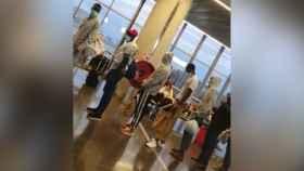 Cola de acceso en la terminal del aeropuerto de Gran Canaria en una imagen de archivo.